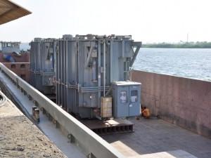 Loading & Lashing on Barge2