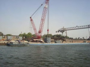Loading & Lashing on Barge